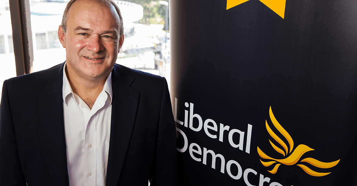 Ed Davey calls for £20bn clean air fund during election visit